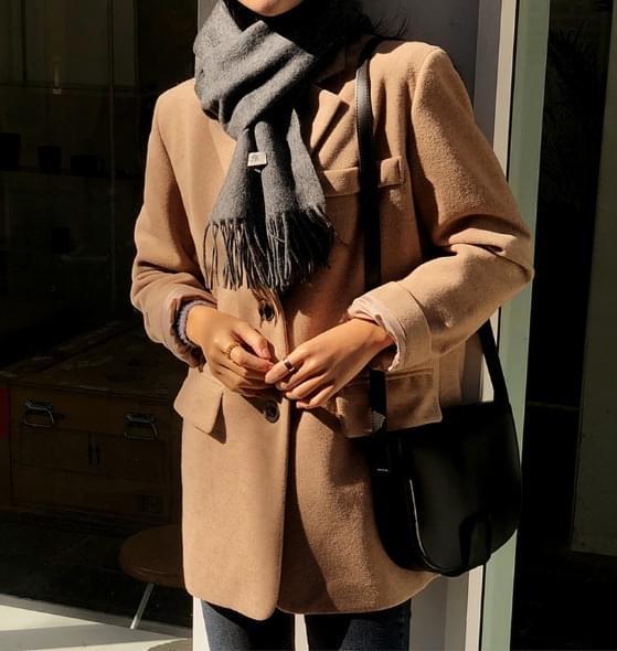 Heriton single coat jacket