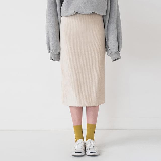 trendy corduroy banding skirt