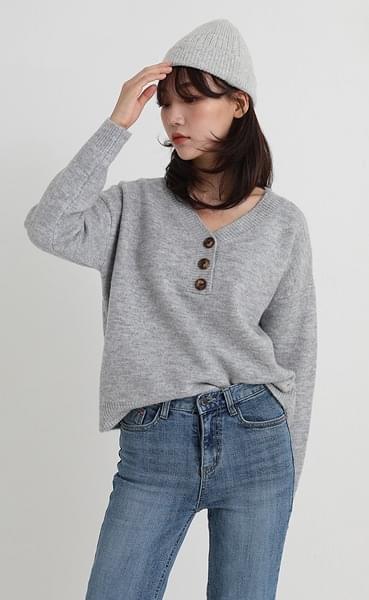button v-neck knit (2colors)