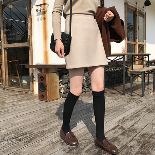 Bonnie simple mini skirt