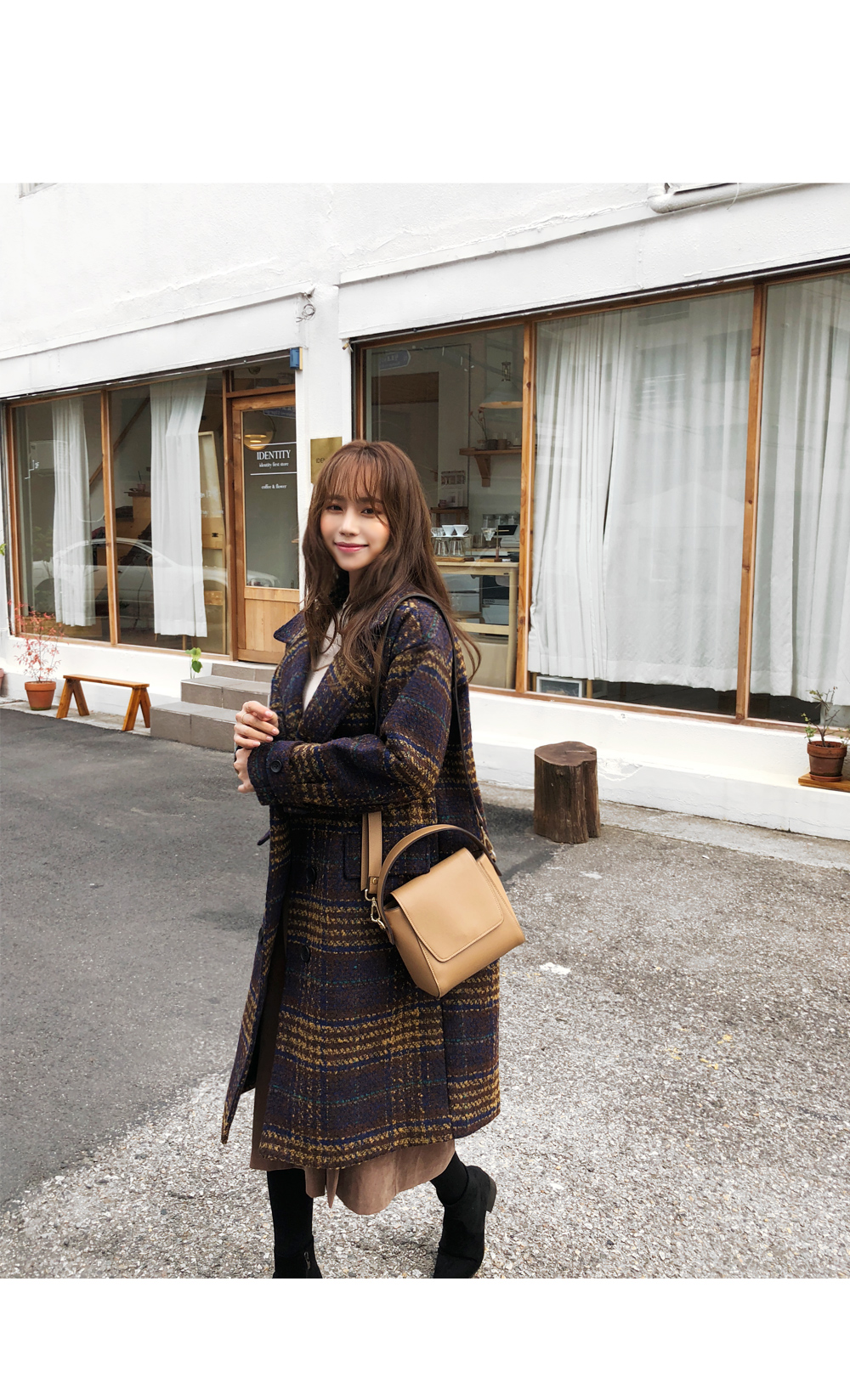 Chocolat check quilted coat