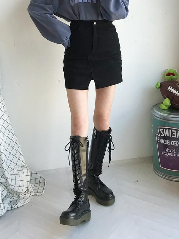Stretch pitch skirt