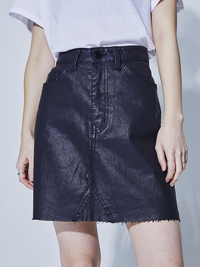 leather coating mini skirt