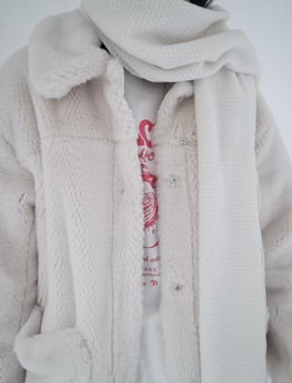 mild fur half coat (2colors)