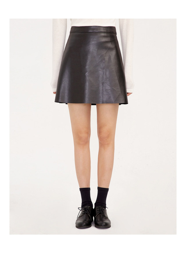 every leather mini skirts (s, m)