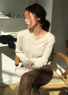 Celine wool neck knit