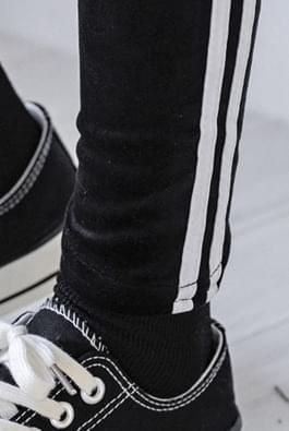 Velvet Line Leggings