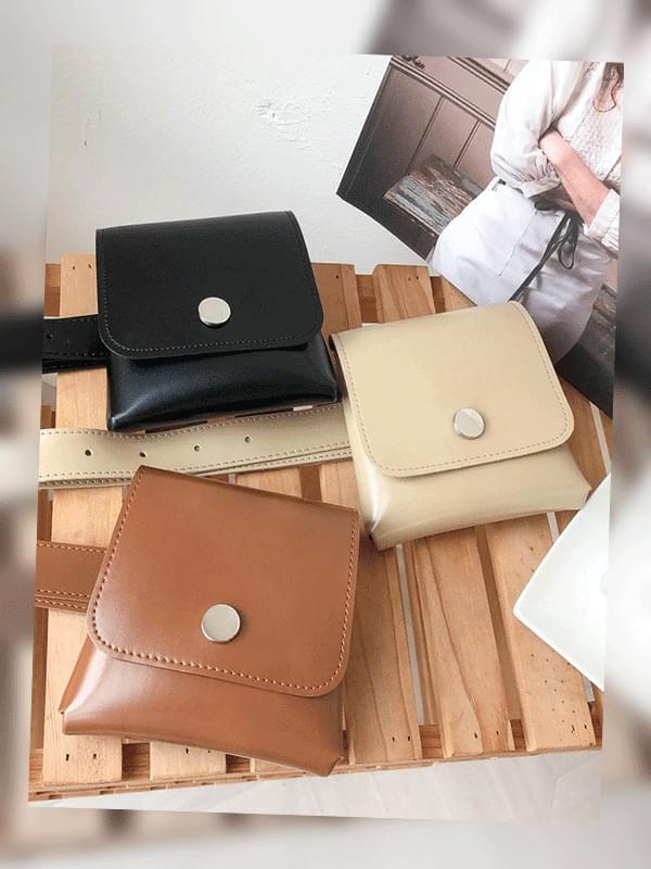 Mini Square Belt Bag 手拿包