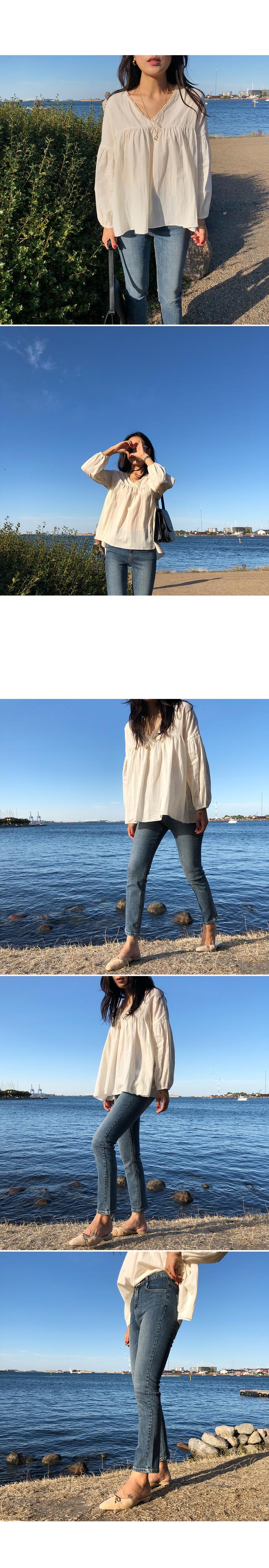 Jardin-lace blouse