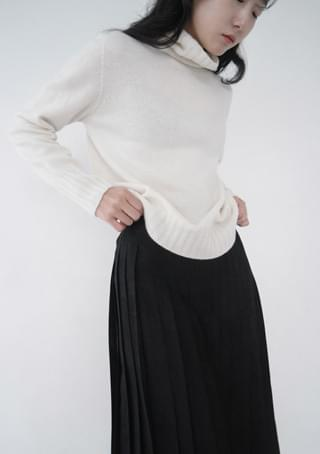 soft loose-fit pola knit