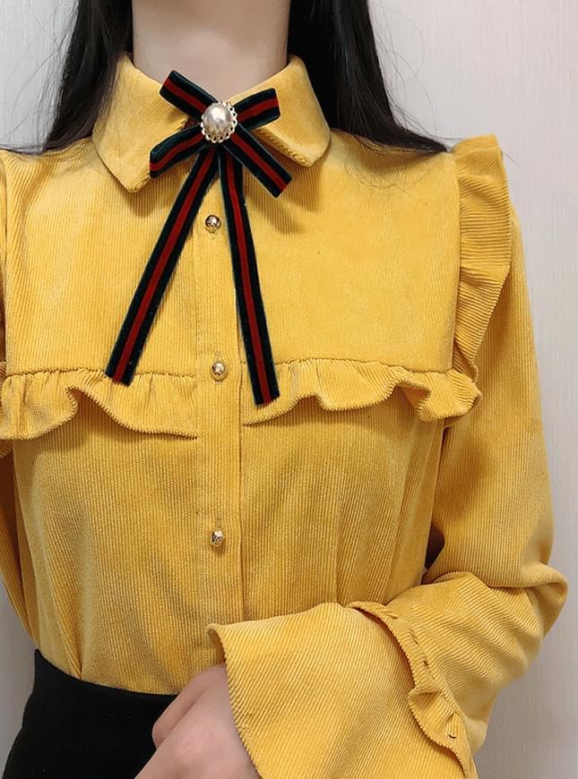 Brooch set ♥ Femme frilly blouse