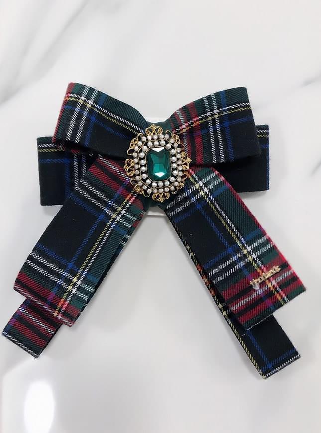 Emerald check brooch