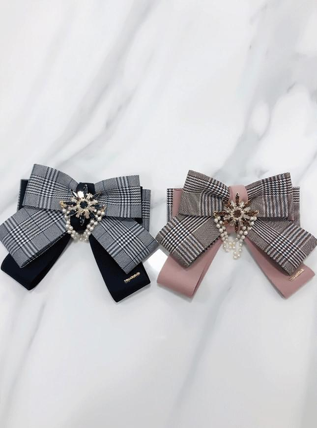 Burberry check brooch
