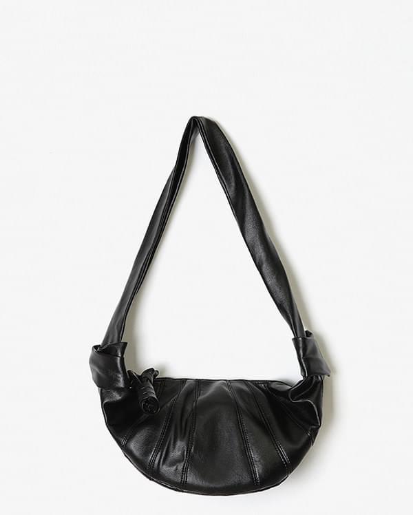 twist leather fanny bag