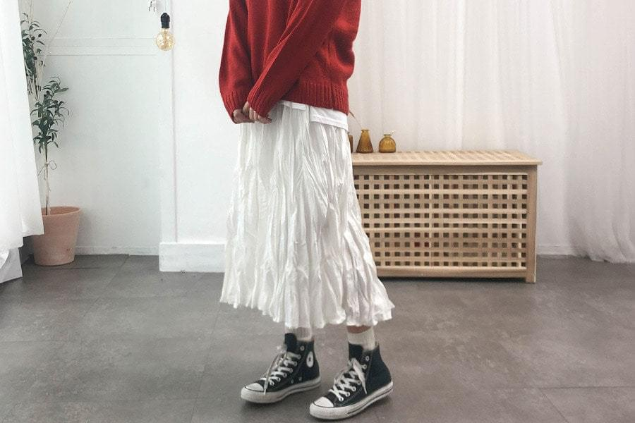Pleated howl long skirt