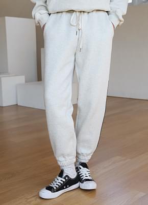 Brushed training pants
