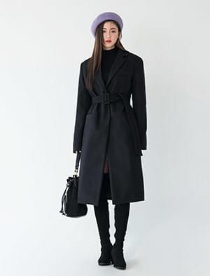 chic long wool coat