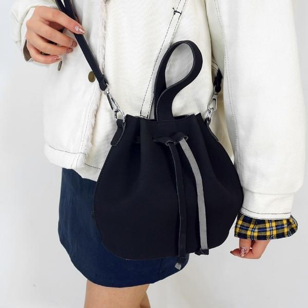 Bucket embroidered bag