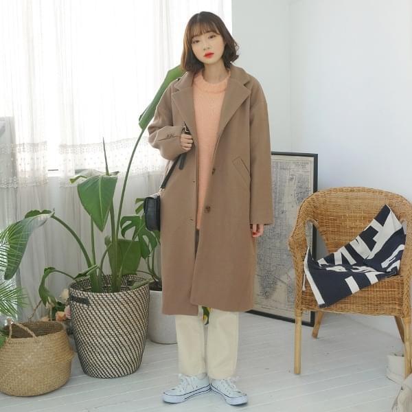 Robe Minimal Coat