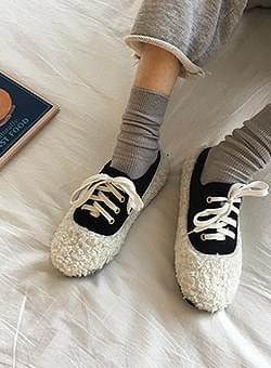 Poggle lace-up sneakers