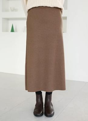 Winter knit skirt