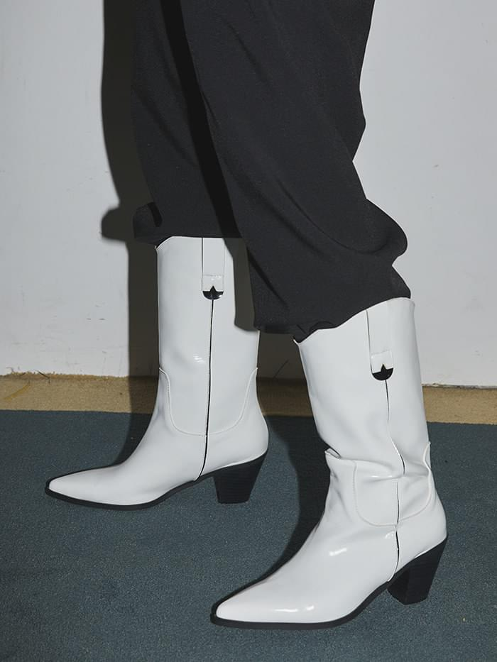 glossy middle cowboy boots