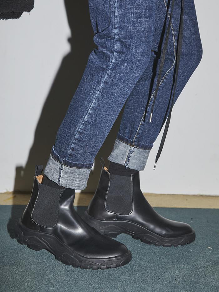 black chelsea boots - men