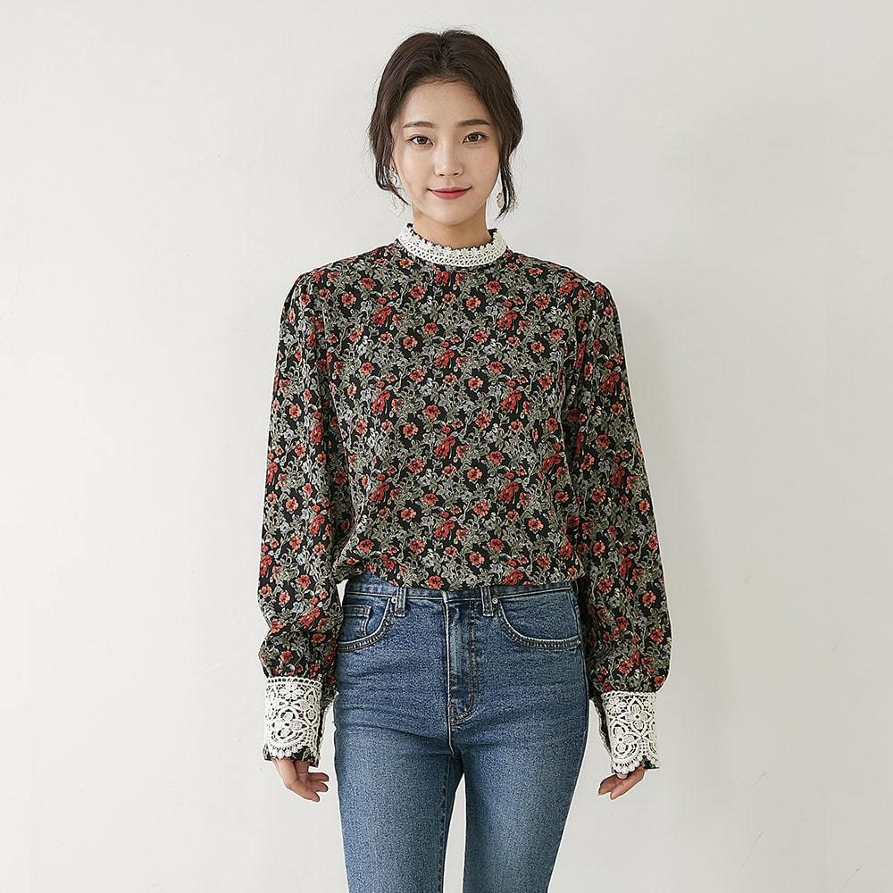 No Way Flower Blouse