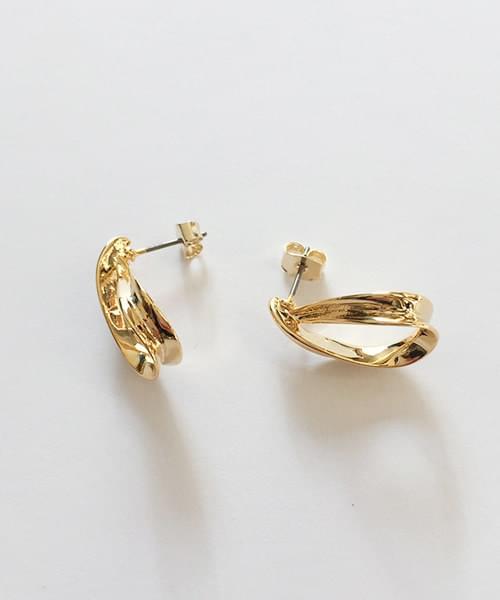 mov earring