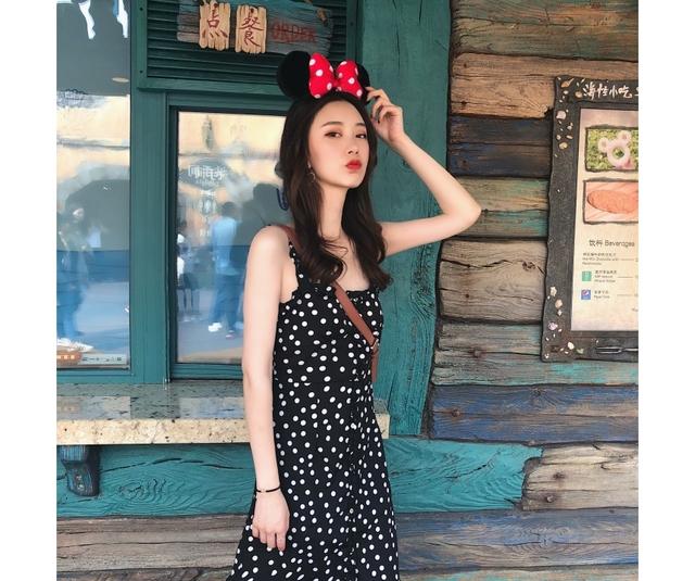 Min Sleeve Frilled Dot Dress