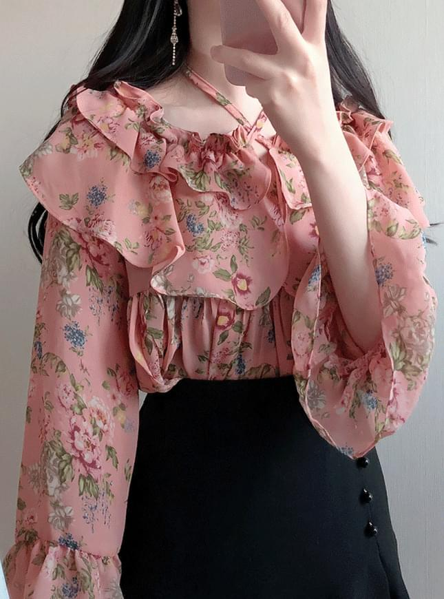 Liz flower ruffle blouse