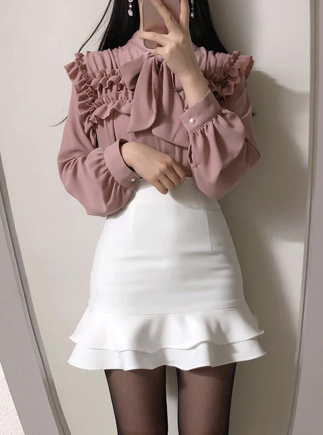 Tweed ruffle ribbon blouse