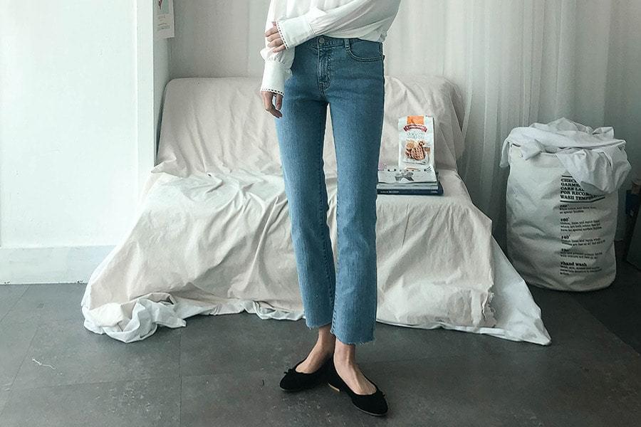 Denim pants with natural 05