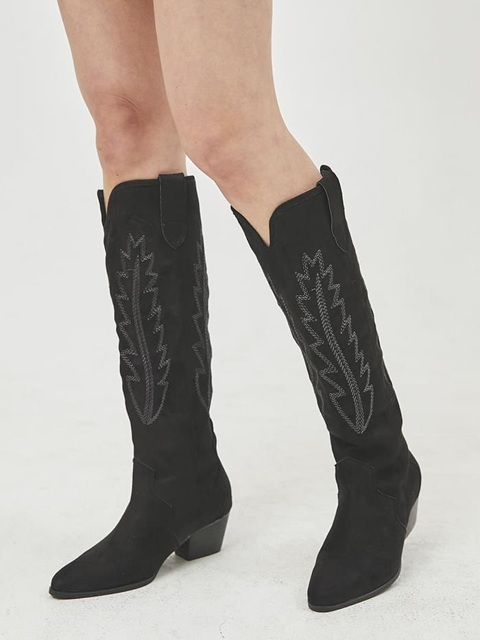 embroidery suede western boots
