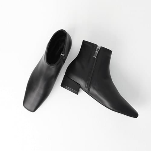 Square Flat Ankle Boots