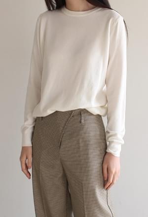 Soft round knit
