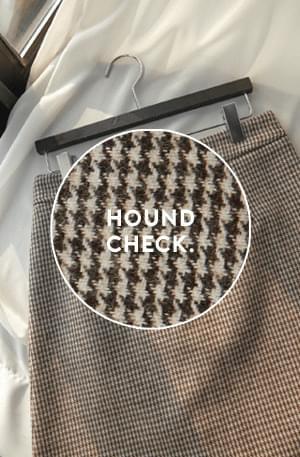 Small Hound Mini Skirt
