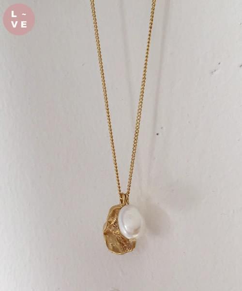blanket necklace
