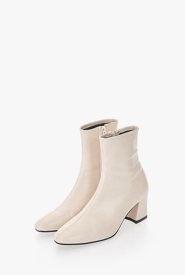 Fibian Ankle Boots