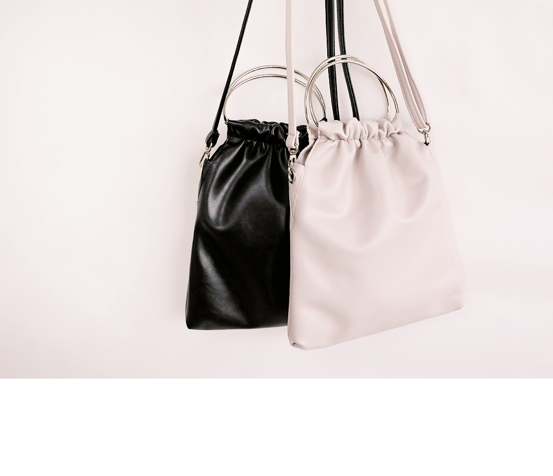 FRECH HANDLE RING LEATHER BAG