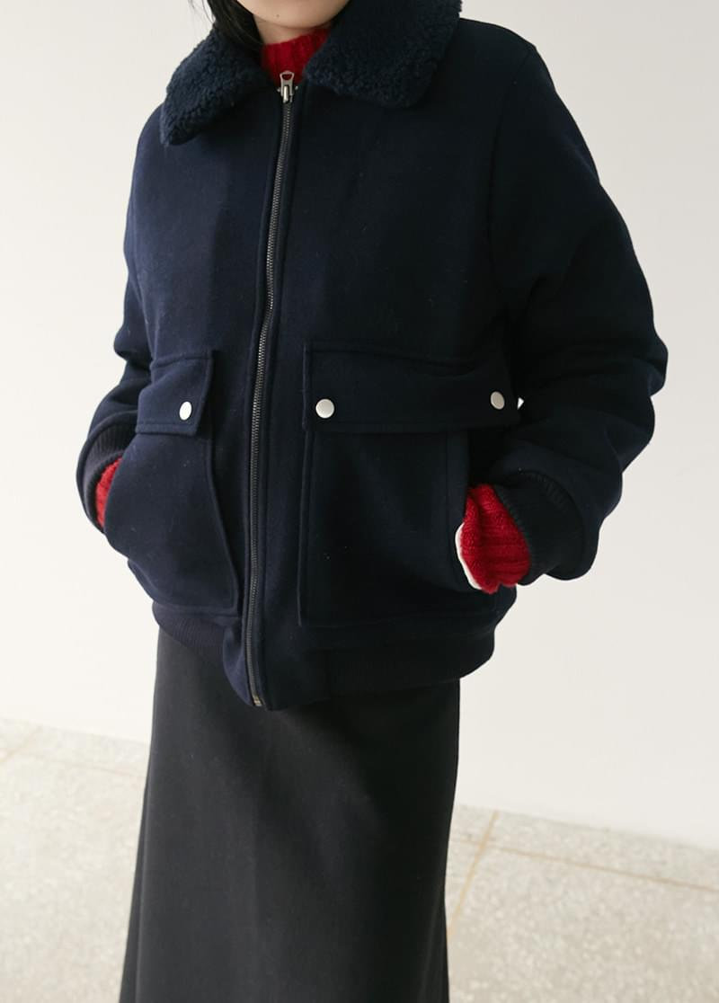 Karabomber Jacket