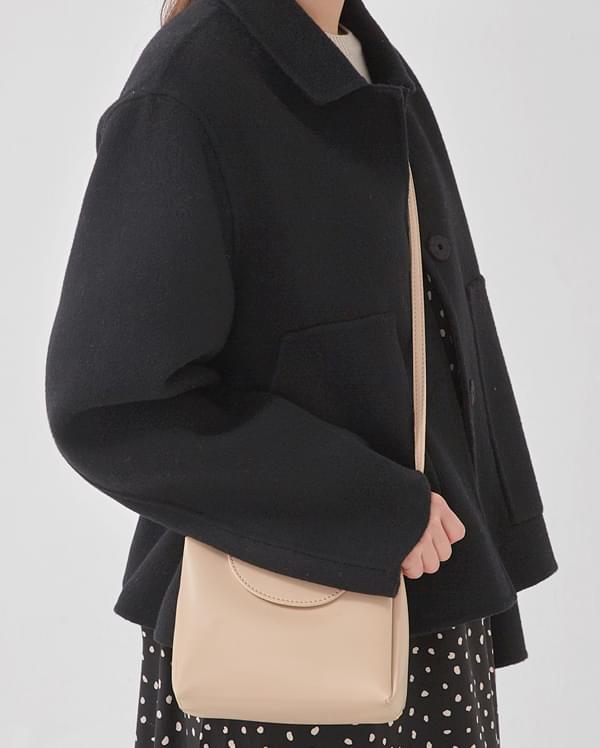 half triangle shoulder bag