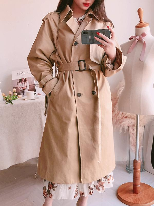 Romantic style trench coat