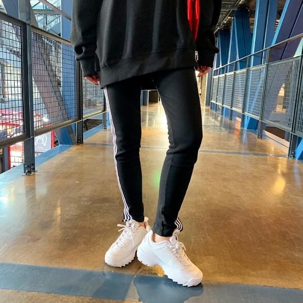 Straight taping leggings