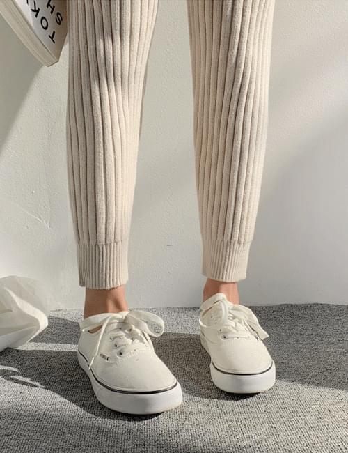 Ebi-san jogger knit pants