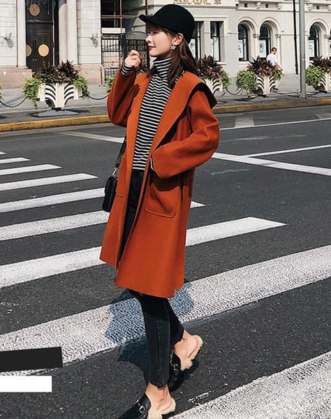 Mani hood coat