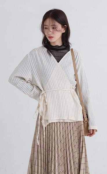 line lap blouse