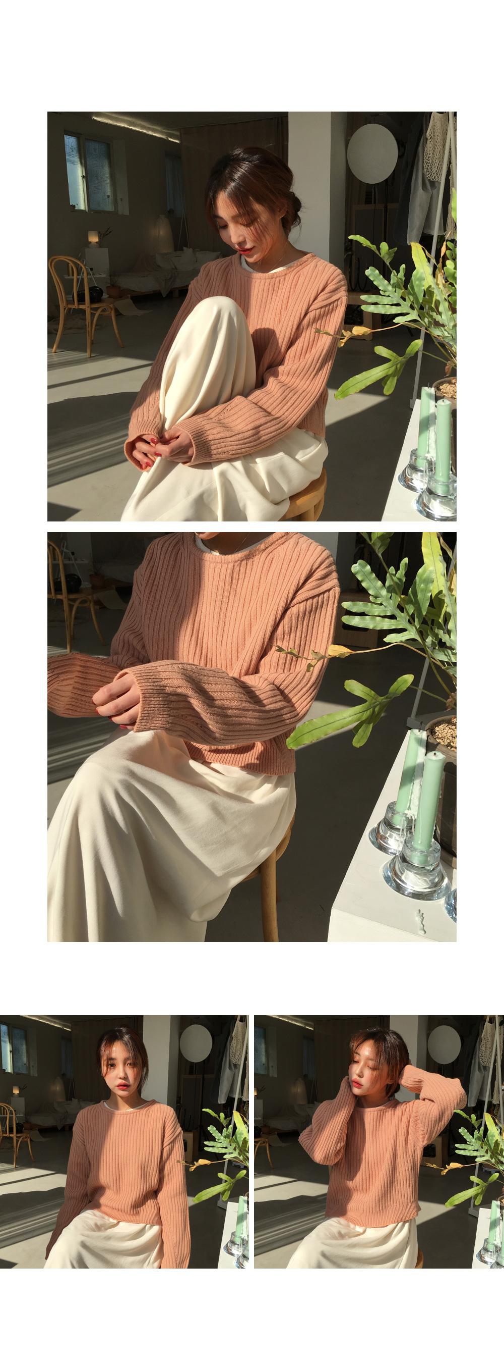 Wool strap round knit
