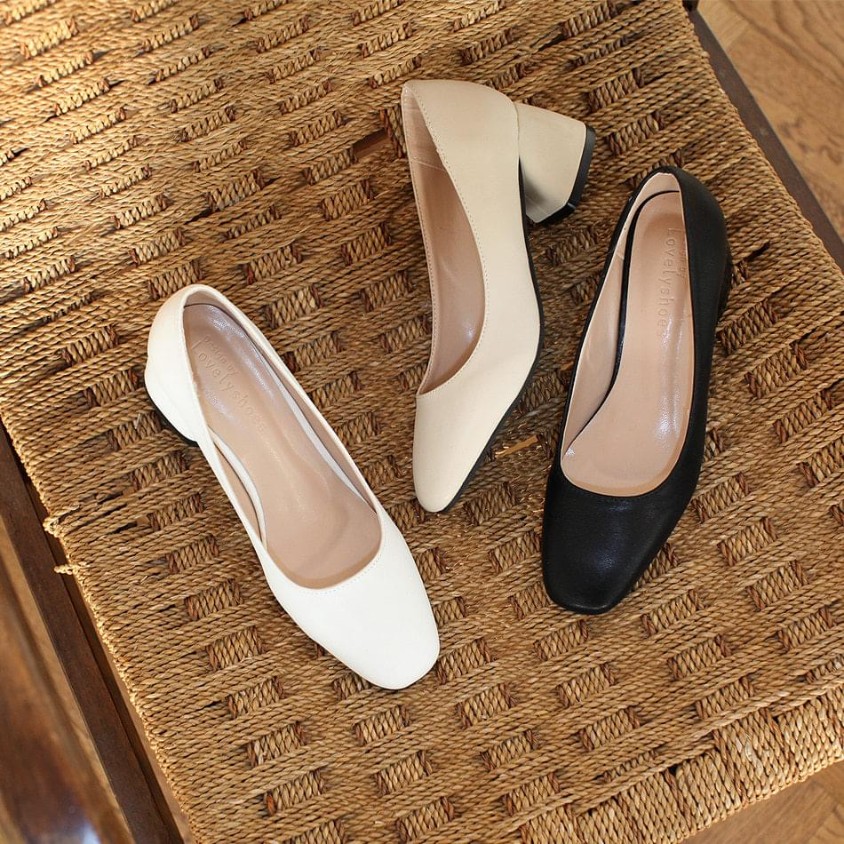 Second, basic middle heel pump 5cm
