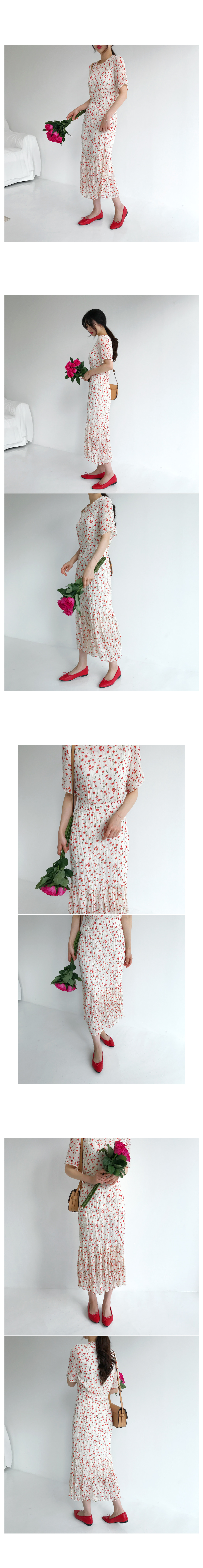 Canna Flower Long Dress - Cream shipped same day